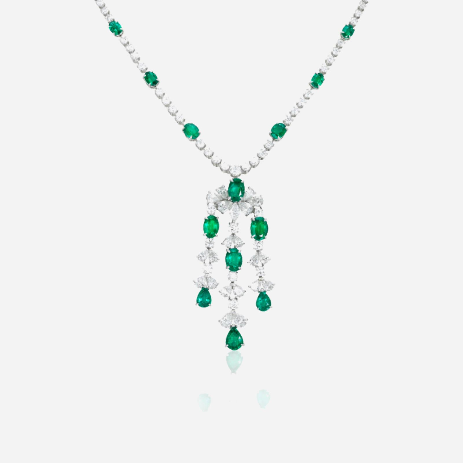 Extremely Emerald Necklace